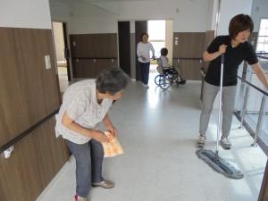 エコ廊下掃除